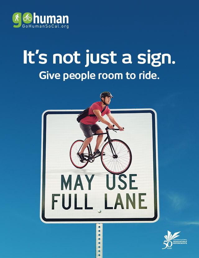 gohuman-social-media-640x832-bikes-full-lane_eng